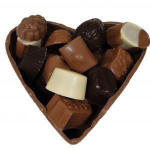 chocoladse hart met bonbons