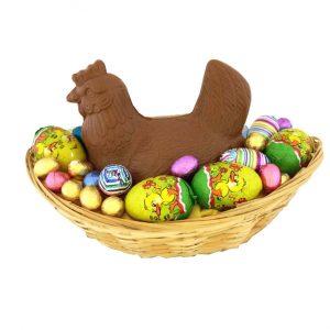 chocolade kip in mand met eieren